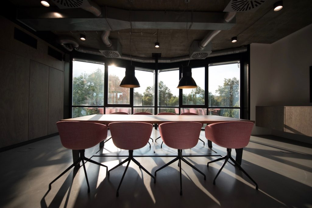 Coworking spaces grow with your business; Photo by Nastuh Abootalebi on Unsplash